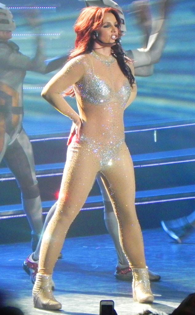rs_634x1024-140220100712-634-Britney-Spe